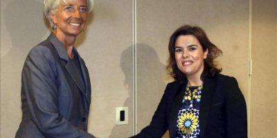 La vicepresidenta del Gobierno español, Soraya Saénz de Santamaría (d), visita Washington, donde se ha entrevistado con la directora gerente del Fondo Monetario Internacional (FMI), Christine Lagarde (i). EFE