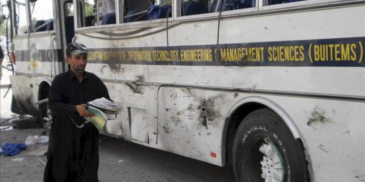Un atentado contra un autobús estudiantil en Pakistán deja cuatro muertos