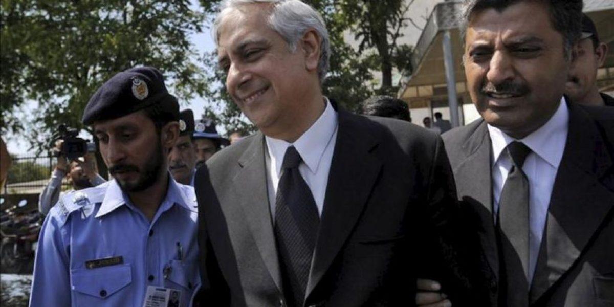 El Tribunal Supremo paquistaní inhabilita al primer ministro y ahonda en la crisis