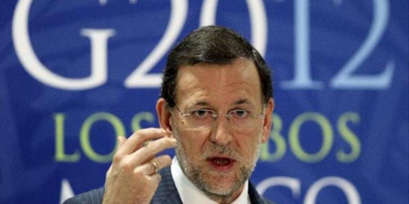 El Presidente del gobierno de España , Mariano Rajoy habla hoy , 19 de junio de 2012 durante una rueda de prensa final tras su participación en la Reunión cumbre de Mandatarios de los países miembros del Grupo de los Veinte (G20) que concluye hoy en Los Cabos, noroeste de México.EFE