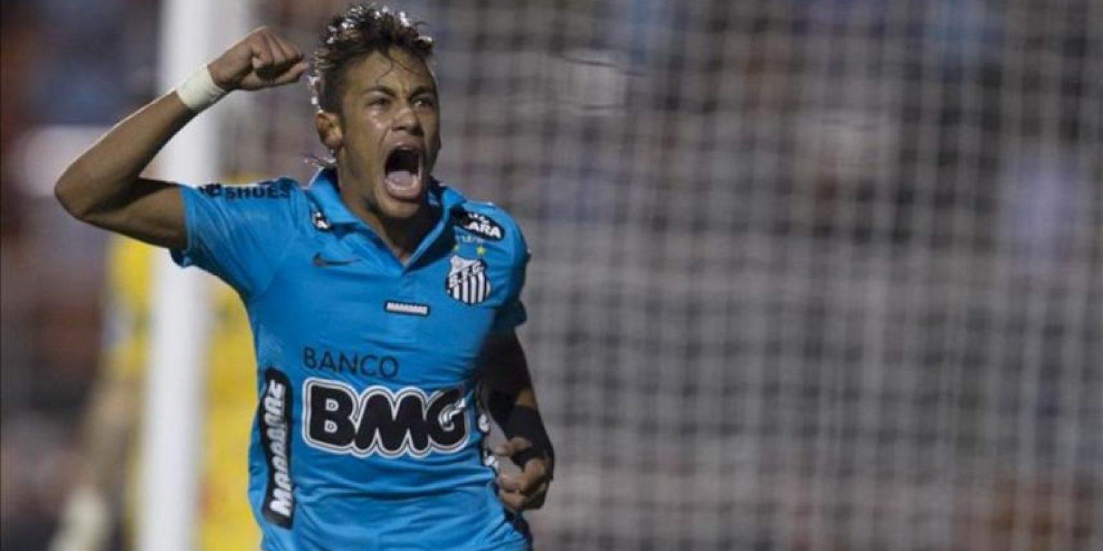 Neymar anotó el tanto que le dio la ventaja parcial al Santos sobre el Corinthians, pero con el 1-1 final su logro resultó insuficiente para garantizar la clasificación a la final del actual campeón de la Libertadores. EFE