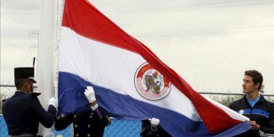 """Los manifestantes protestaron contra el que llamaron de """"golpe blanco"""" en Paraguay y pidieron que Brasil presione a los """"golpistas"""" para obligarlos a devolverle el poder a Lugo, según las consignas que gritaron y los carteles que exhibieron. EFE/Archivo"""