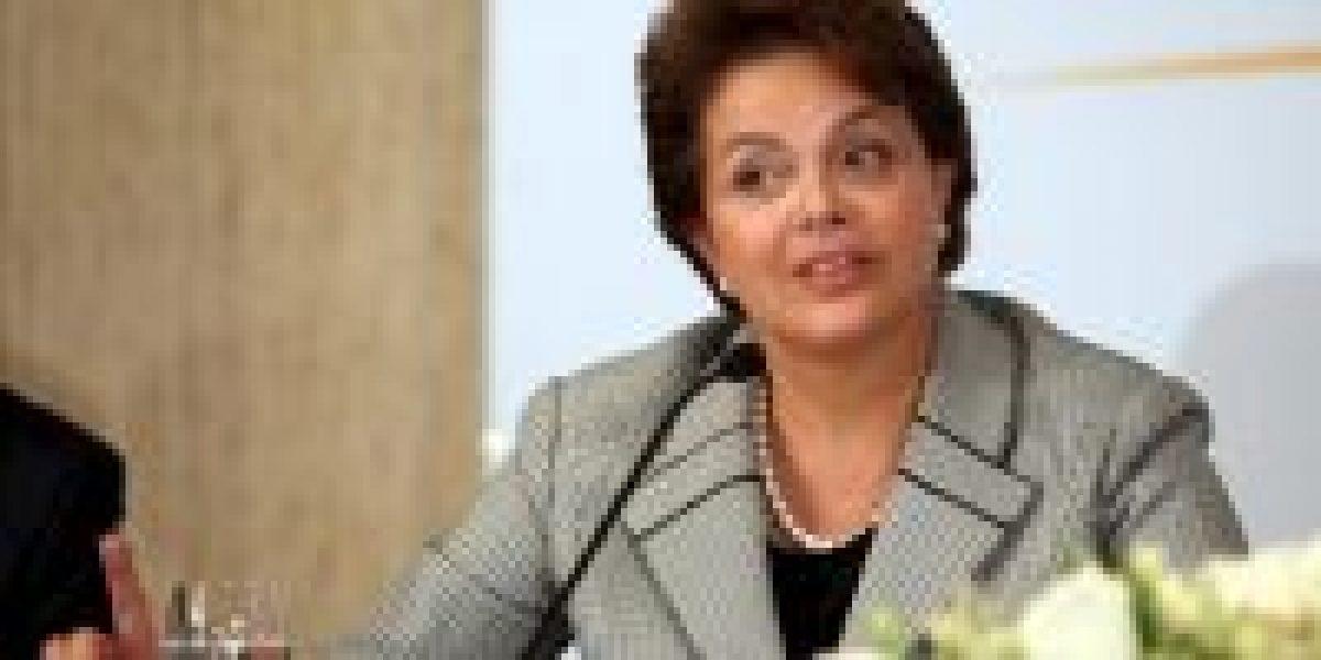 Brasil condena la destitución de Lugo, llama a su embajador y estudia medidas