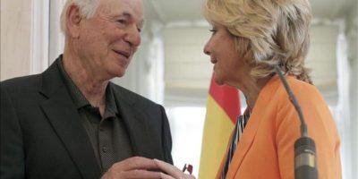 La presidenta de Madrid, Esperanza Aguirre, junto al director general de Las Vegas Sands, Michael Leven. EFE
