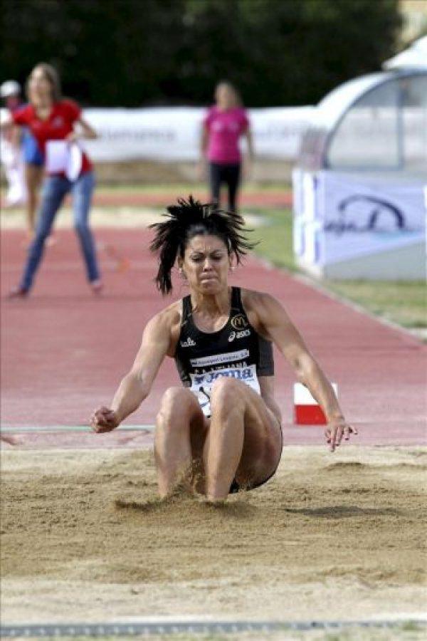 Concepción Montaner durante su actuación en salto de longitud en el trofeo Internacional Ciudad de Salamanca de atletismo, el pasado 12 de junio. EFE