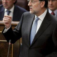 El presidente del Gobierno, Mariano Rajoy, responde a la pregunta del portavoz del PNV, Josu Erkoreka, sobre sus planes para el Consejo Europeo que se celebra el jueves y el viernes en Bruselas. EFE