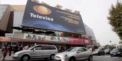"""Una unidad secreta de la cadena mexicana Televisa estableció y financió una campaña para que el candidato del PRI, Enrique Peña Nieto, ganase las elecciones del 1 de julio en ese país, según informa hoy el periódico británico """"The Guardian"""". EFE/Archivo"""
