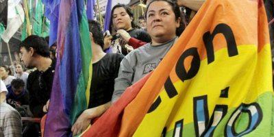 Decenas de personas participan en la Cumbre Social del Mercosur, en Mendoza (Argentina). EFE