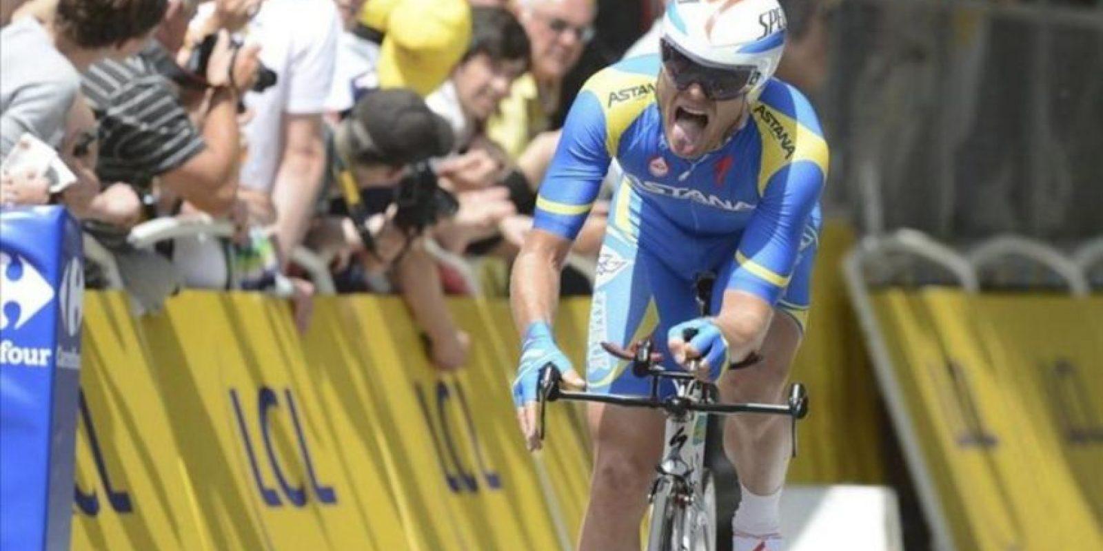 El ciclista ucraniano Andriy Grivko (Astana) participa en la etapa prólogo del Tour de Francia, una contrarreloj individual de 6,4 kilómetros con salida y llegada en Lieja, Bélgica, hoy. EFE