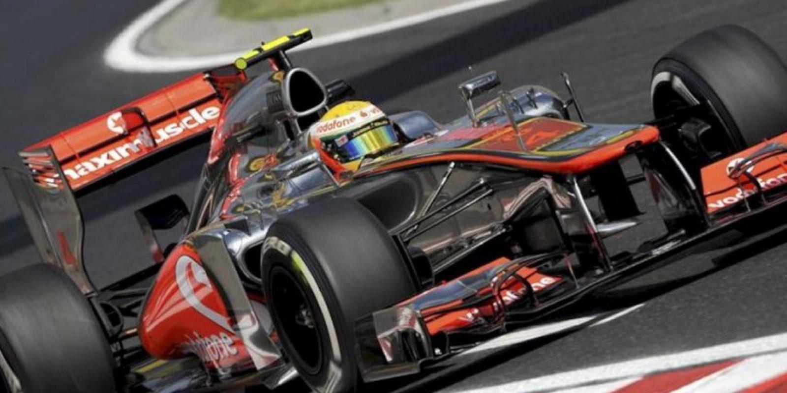 El piloto británico de Fórmula Uno Lewis Hamilton, de McLaren, durante los entrenamientos libres en el circuito Hungaroing en Mogyorod en Hungría. EFE