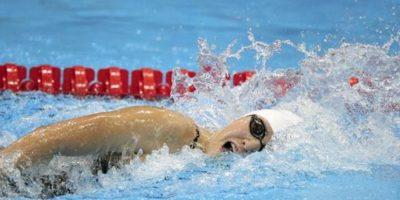 La nadadora china Shiwen Ye durante la competición por la medalla de oro en la que batió el récord mundial, en la final femenina de 400m estilos, correspondiente a los Juegos Olímpicos de Londres. EFE