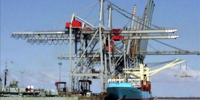 Vista del puerto de Montevideo (Uruguay). EFE/Archivo
