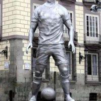 Ronaldo tiene la suya, PERO, fue puesta de manera provisional para un comercial Foto:Publimetro México
