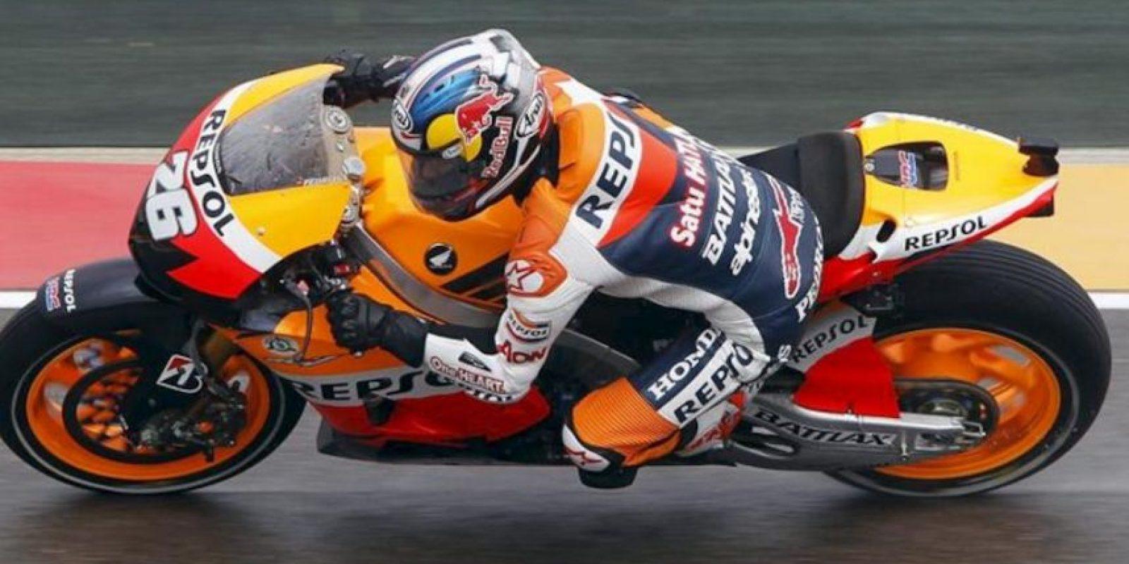 El piloto español de MotoGP, Dani Pedrosa (Honda), durante la segunda sesión de entrenamientos libres disputados en el Circuito Motorland de Alcañiz (Teruel), previo al Gran Premio de Aragón que se disputará este fin de semana. EFE