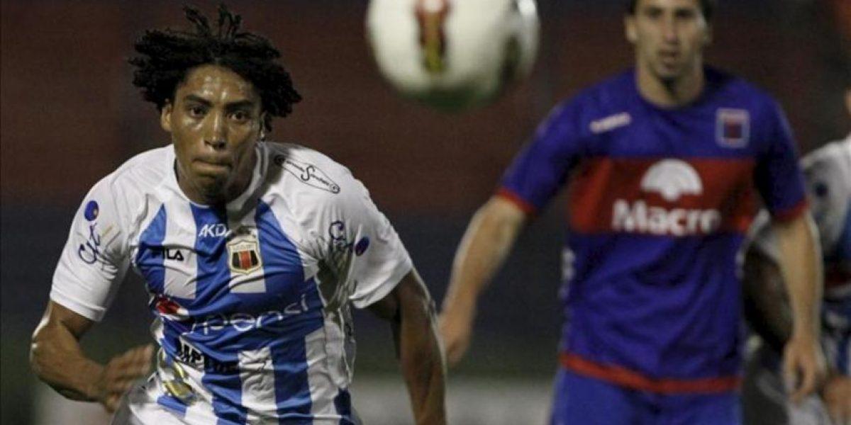 El campeón sobrevive, Ecuador y Uruguay pierden sus cartas