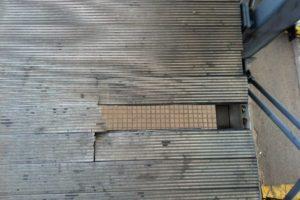 Puente Aéreo: el puente más deteriorado. La reportera que tomó esta foto informa que en algunas parte las estructura se hunde.