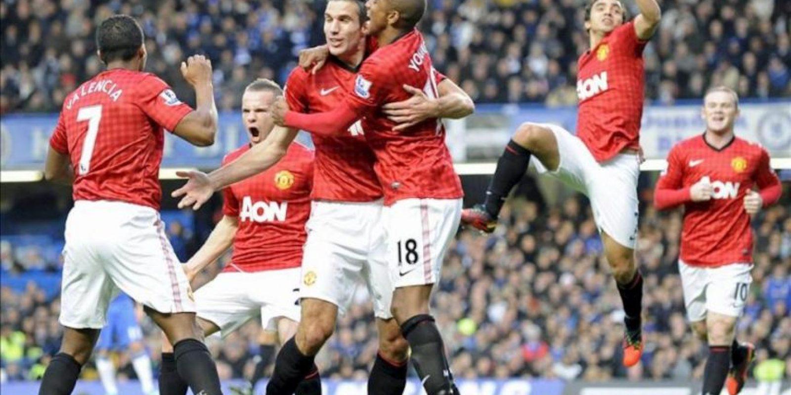 Los jugadores del Manchester United celebran uno de los goles al Chelsea en Stamford Bridge. EFE