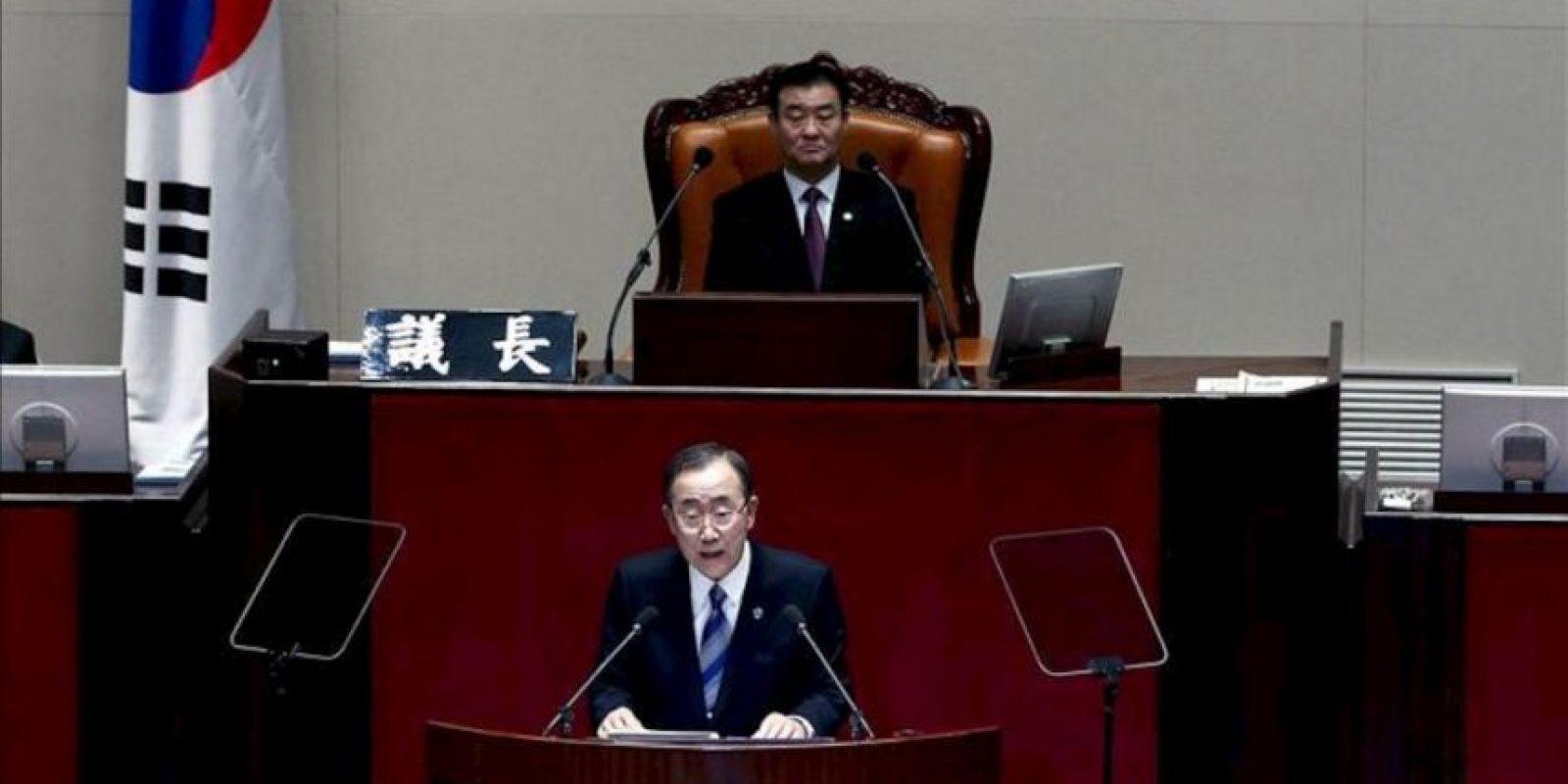 """El secretario general de las Naciones Unidas, Ban Ki-Moon, pronuncia un discurso en el encuentro """"ONU y Corea: Juntos para construir el futuro que queremos"""", hoy, martes 30 de octubre de 2012, en la sede de la Asamblea Nacional en Seúl (Corea del Sur). EFE"""