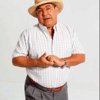 El actor Alberto Pujol en su papel de Jacinto Cabello. Foto:caracoltv.com