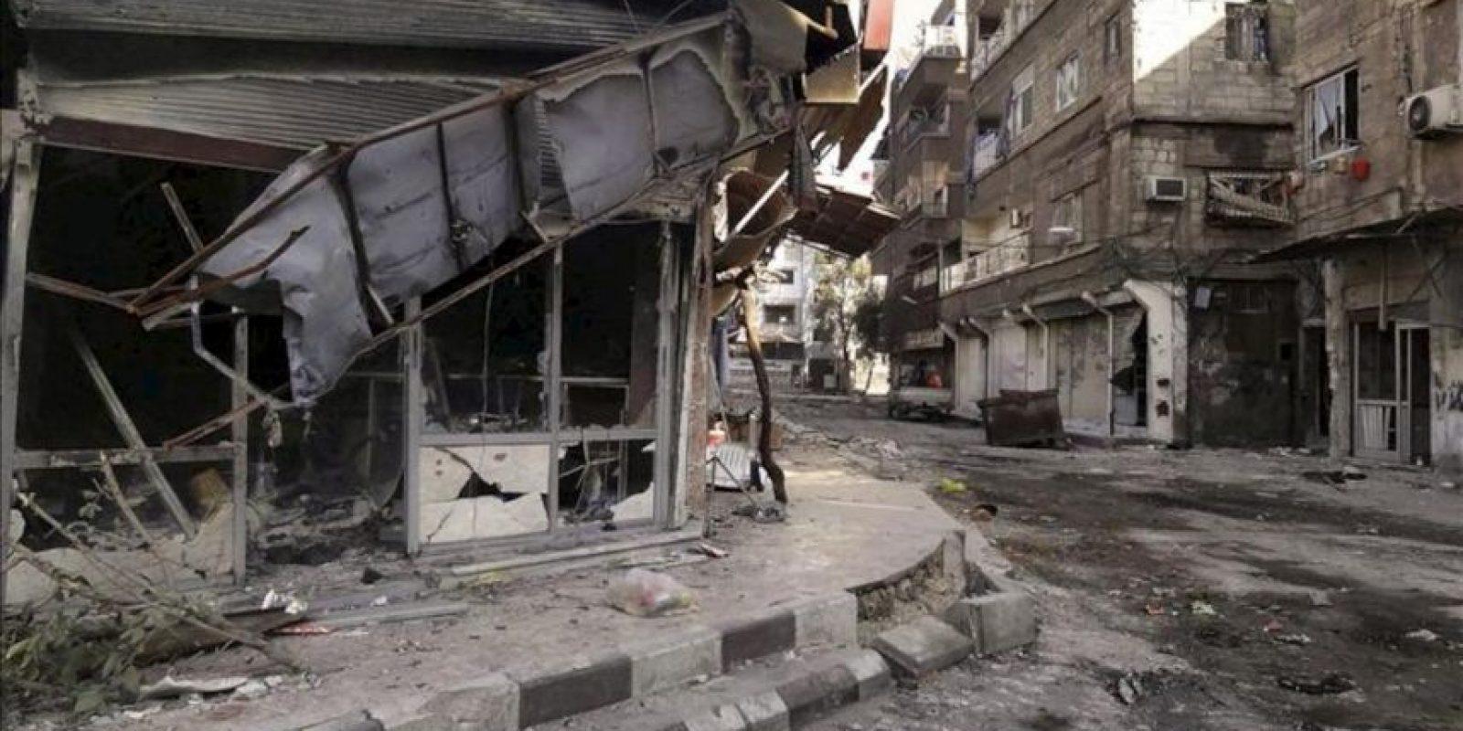 Fotografía facilitada por la agencia siria de noticias SANA que muestra edificios derruídos en el barrio de Tadamon en Damasco, el pasado 15 de noviembre. EFE/Archivo