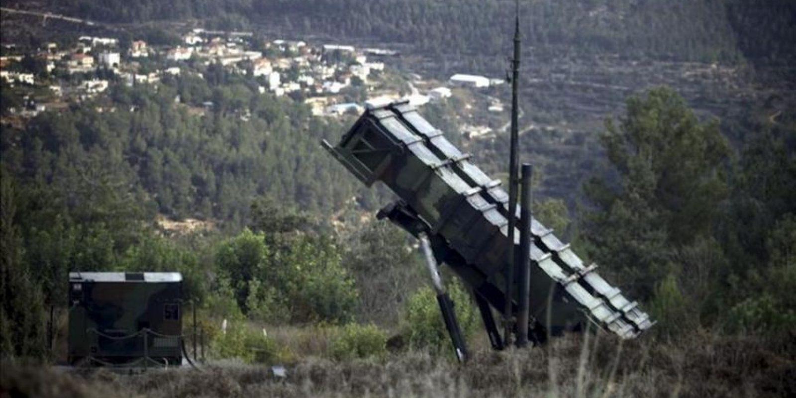 Imagen de archivo datada el 23 de octubre del 2012 de una batería de misiles Patriot en Jerusalén, Israel. Turquía ha solicitado oficialmente a la OTAN el despliegue de misiles en su territorio para protegerse de posibles ataques desde Siria, anunció hoy la Alianza Atlántica, que estudiará la medida de forma inmediata. EFE
