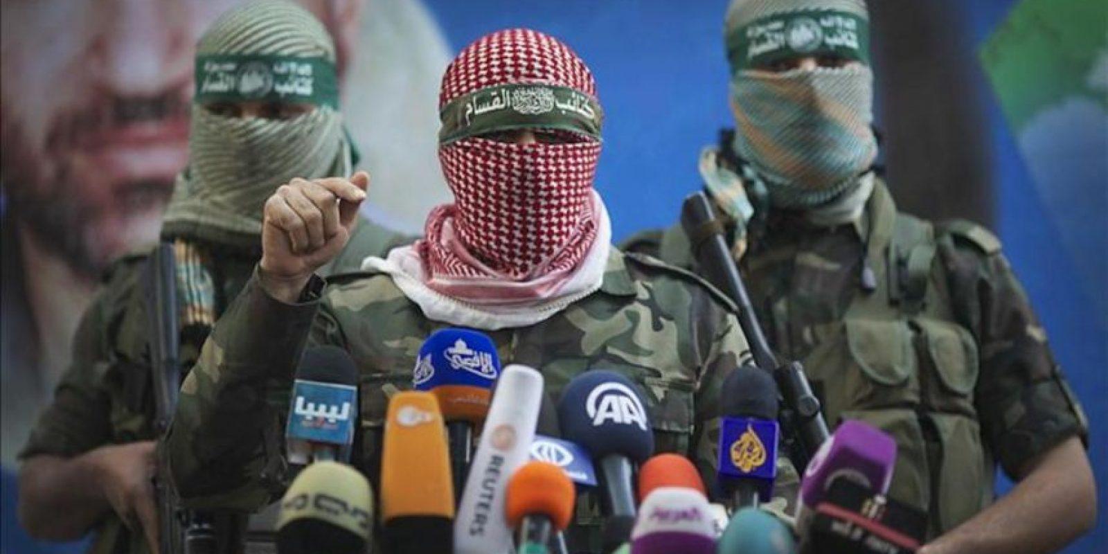 Miembros de Hamás realizan una conferencia de prensa de este movimiento hoy, jueves 22 de noviembre de 2012, en Ciudad de Gaza. EFE