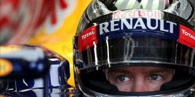 El piloto alemán de Fórmula Uno Sebastian Vettel, durante la primera sesión de entrenamiento libre en la pista de Interlagos, en Sao Paulo, Brasil. EFE