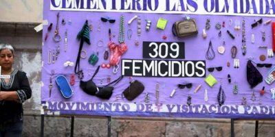 Una mujer participa en una manifestación contra la violencia contra la mujer en Tegucigalpa (Honduras). EFE