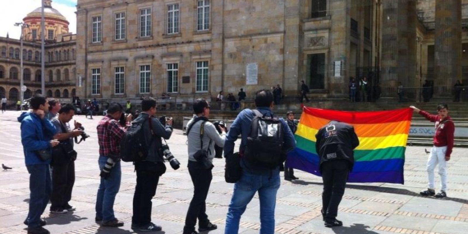 Se observaron más fotografos que manifestatantes que pidieron igualdad de derechos. Foto:@hyperconectado/ Publimetro