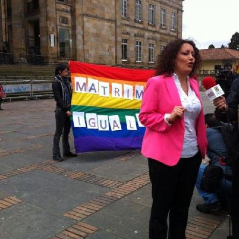 Concejal Angélica Lozano promotora del Besatón y activista LGBTI. Foto:Publimetro