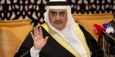 El ministro de Asuntos Exteriores de Bahrein, jeque Jalid bin Ahmed al Jalifa, ofrece una rueda de prensa tras la cumbre anual de los países del Consejo de Cooperación del Golfo (CCG), hoy en Manama, Baréin. EFE