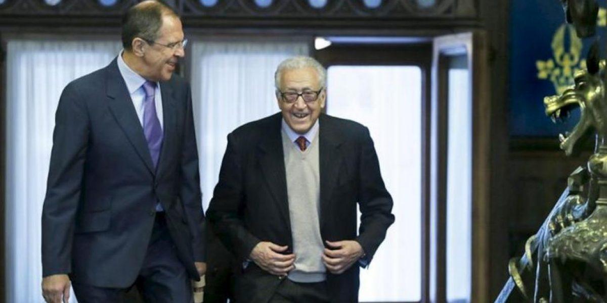 Brahimi asegura que las únicas opciones para Siria son la transición política o un infierno