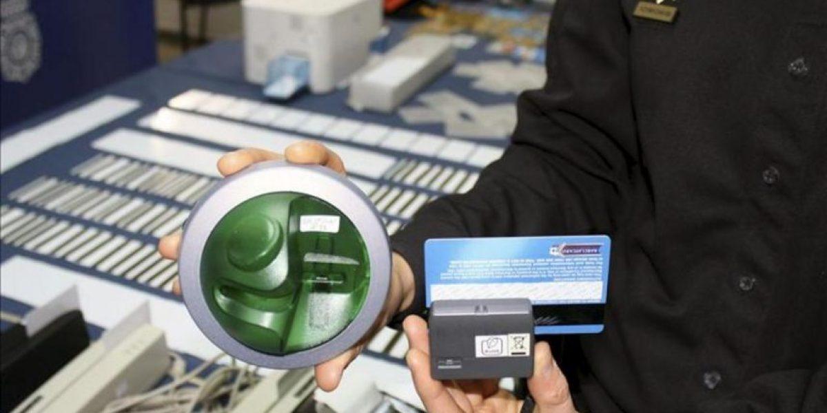 Desarticuladas en España dos redes de clonación de tarjetas de crédito