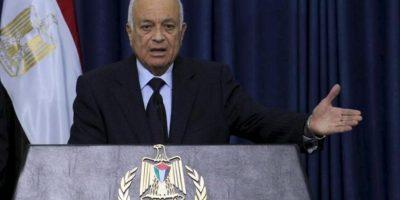 El secretario general de la Liga Árabe, Nabil El Araby en rueda de prensa tras entrevistarse con el presidente palestino, Mahmoud Abbas, hoy 29 de diciembre de 2012 en Ramala. EFE
