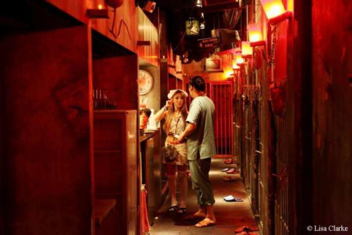 El Alcatraz ER de Tokyo está ubicado en una celda, y concebido como una prisión médica donde se hacen cocteles bizarros Foto:Dailypix