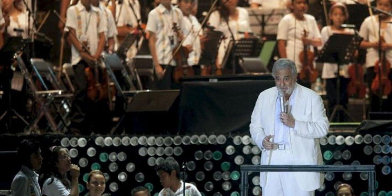 El tenor español Plácido Domingo participa este sábado 29 de diciembre de 2012, en una presentación en Playa Tamarindos, en el puerto mexicano de Acapulco, a beneficio de las Orquestas Infantiles de Guerrero. EFE