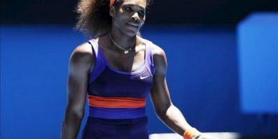 La tenista estadounidense Serena Williams enfrentó a su compatriota Sloane Stephens por los cuartos de final del Abierto de Australia, en Melbourne (Australia). EFE