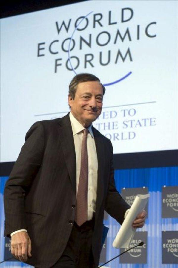 El presidente del Banco Central Europeo, el italiano Mario Draghi, participa en una de las sesiones de la 43ª reunión anual del Foro Económico Mundial en Davos (Suiza) hoy. EFE