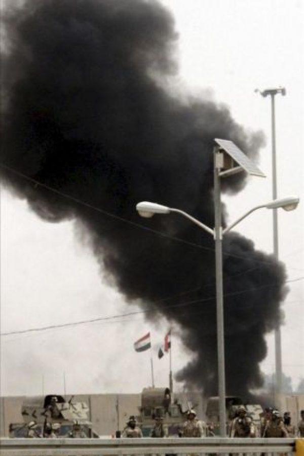 Enfrentamientos entre manifestantes suníes y soldados iraquíes en la ciudad de Faluya, 50 kilómetros al oeste de Bagdad (Irak), en los que al menos dos manifestantes murieron por disparos y otros diez resultaron heridos. EFE