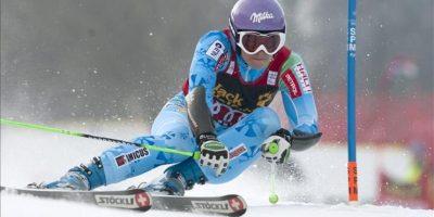 La eslovena Tina Maze, hoy durante la primera manga de la Copa del Mundo de esquí alpino en la modalidad dwe gigante, en Maribor. EFE
