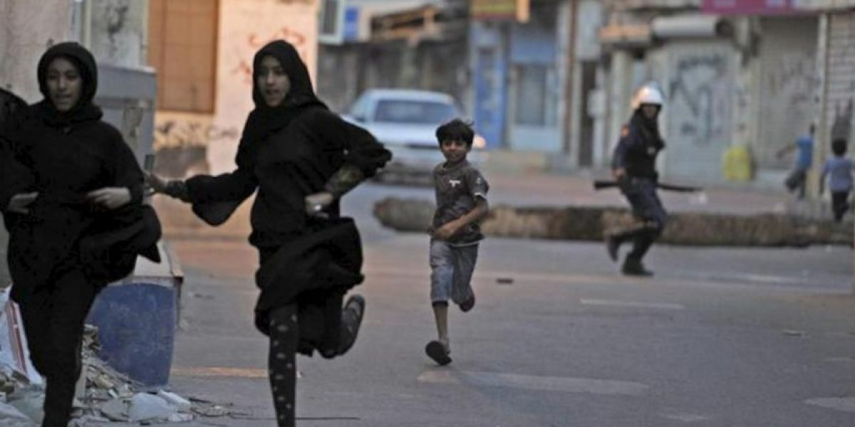 Choques entre manifestantes y policía en Baréin tras el funeral de un menor