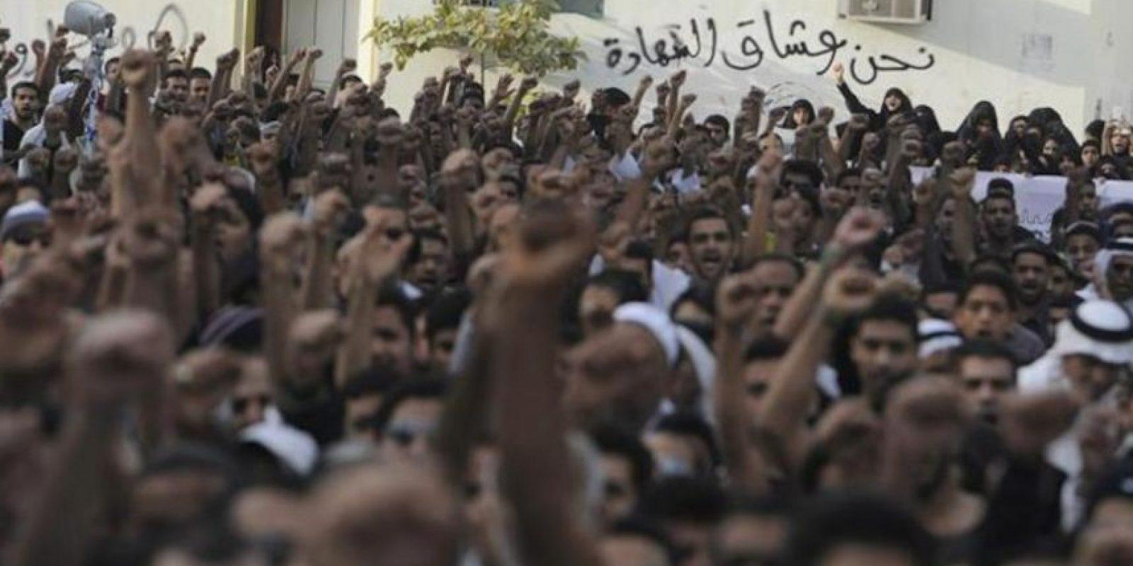Las fuerzas de seguridad dispararon gases lacrimógenos y persiguieron a los manifestantes en las aldeas de Sanabis, Daih y Jid Hafs, en las inmediaciones de Manama. EFE