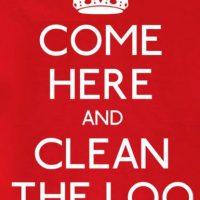 """""""Ven acá y limpia el baño"""". Foto:The Guardian"""