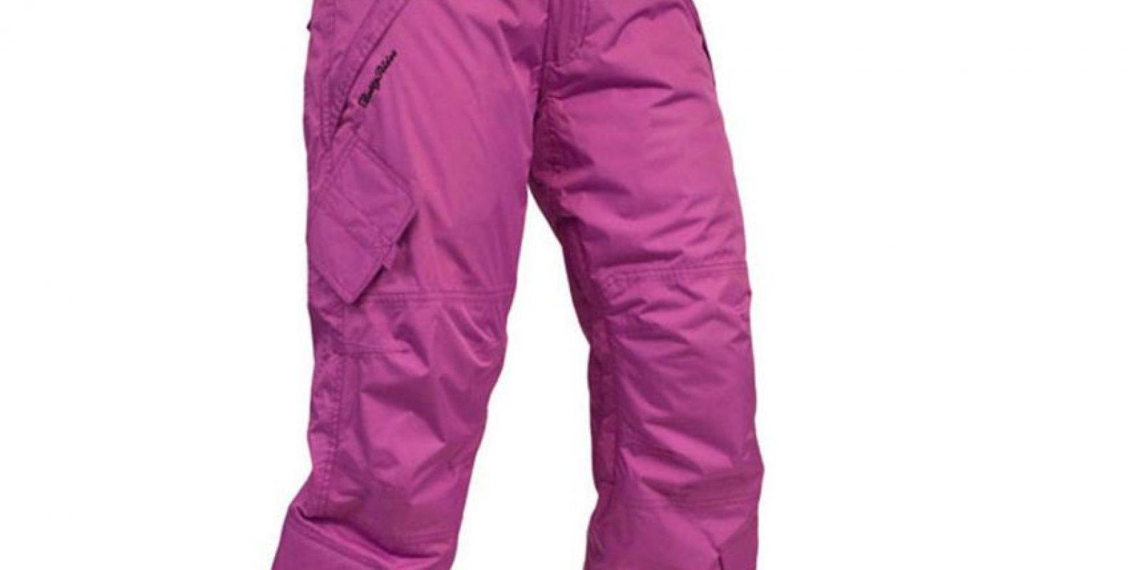 """Los pantalones """"cargo"""", con bolsillos, hicieron furor entre hombres y mujeres. Foto:Evo"""