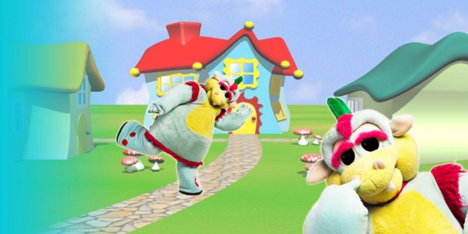 Timoteo, el dinosaurio que luego presentó la franja infantil de la tarde de América Televisión con Karina y Maria Pía, fue el muñeco más visto por muchos niños colombianos durante años. Sobre todo, porque en su programa pasaban capítulos de animación japonesa, desde Pokemon hasta Dragon Ball Z. Foto:América Televisión