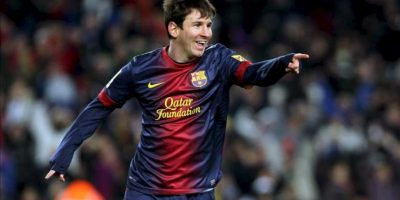 El delantero argentino del FC Barcelona Leo Messi celebra tras marcar ante el Sevilla, en el Camp Nou, en Barcelona. EFE