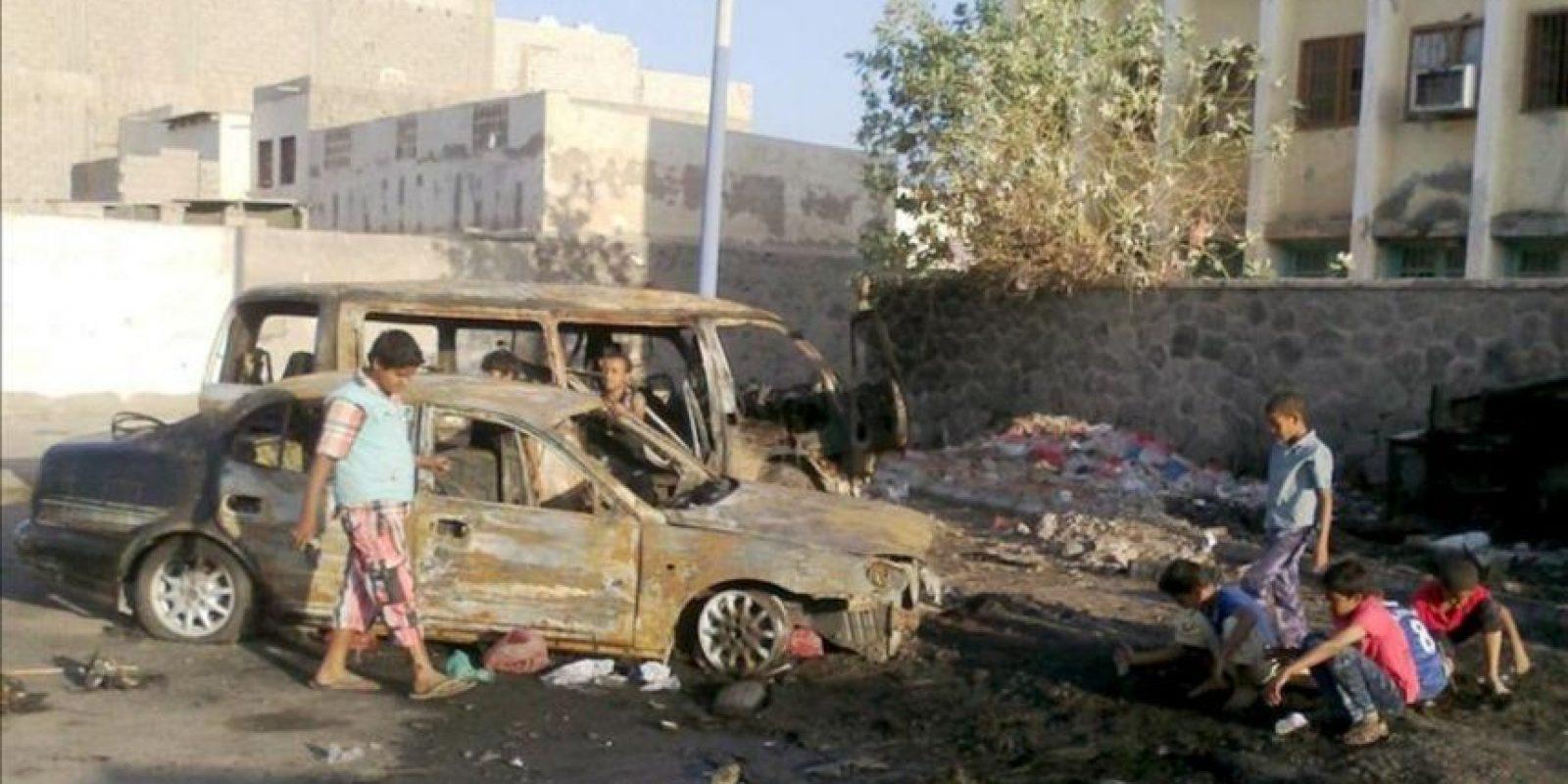 El presidente yemení, Abdo Rabu Mansur Hadi, ha visitado la ciudad de Adén y la provincia de Abian, ambas en el sur del Yemen, tras los últimos incidentes registrados en la zona, señaló hoy la agencia oficial de noticias Saba. EFE