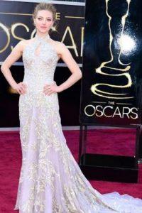 Si y no, el vestido de Amanda Seyfried. Gran corte, pero un tono nada impactante y contrastante Foto:Getty Images