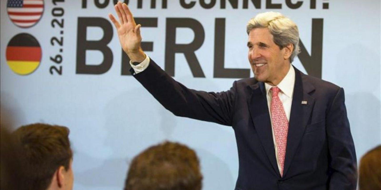 El secretario de Estado de EEUU, John Kerry, contesta hoy las preguntas del público en el foro Youth Connect durante su visita en Berlín (Alemania). EFE