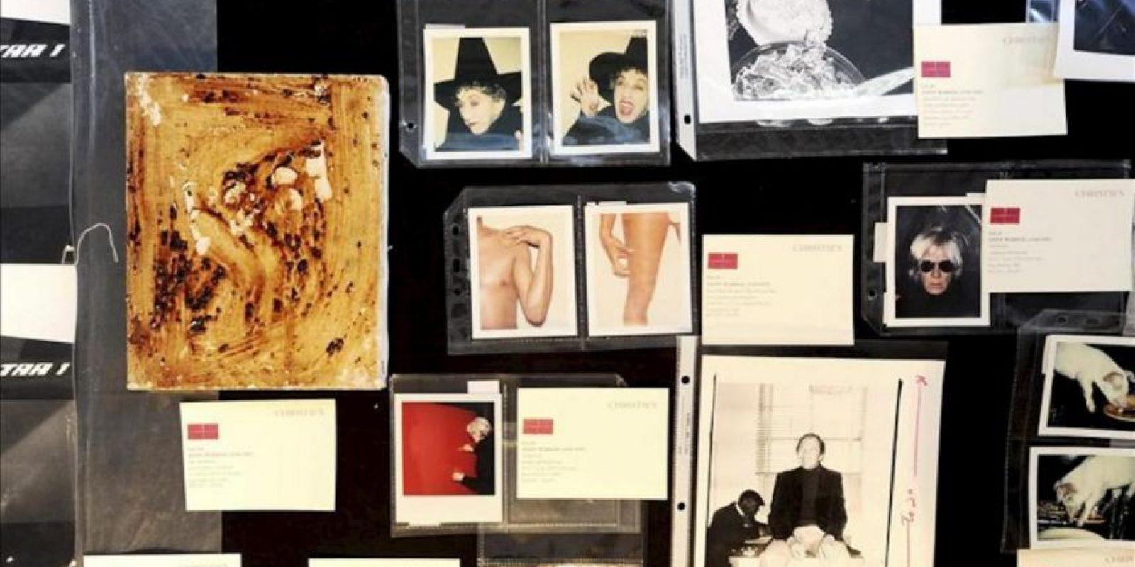 Imagen de varias fotografías sobre la vida y obra de Andy Warhol que serán subastada por la casa de subastas Christie's en Nueva York, Estados Unidos. EFE